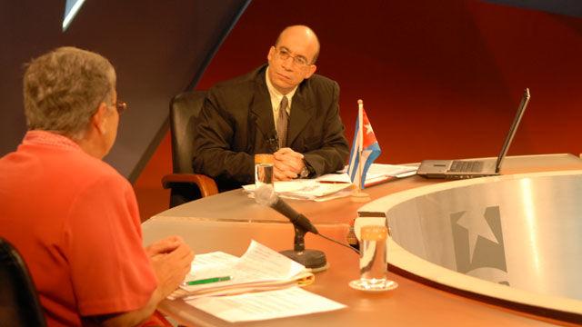 Nidia Díaz señaló que Correa dispone de documentos sobre el espionaje colombiano dentro de Ecuador