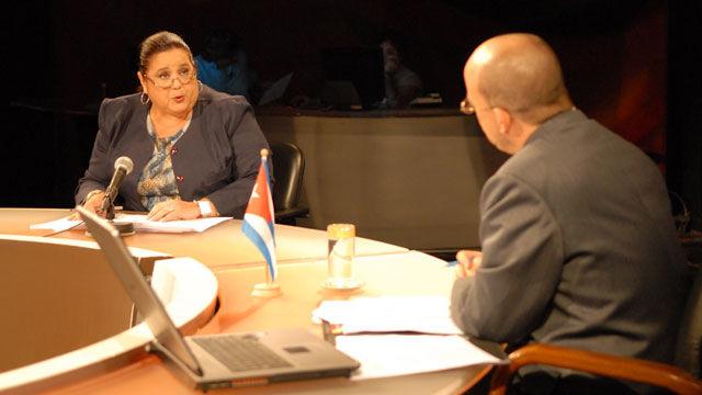 La analista Bárbara Betancourt, lamentó que  la ayuda internacional no haya llegado antes y valoró que ha sido el terremoto la causa de que Haití aparezca en el centro de la atención mundial.