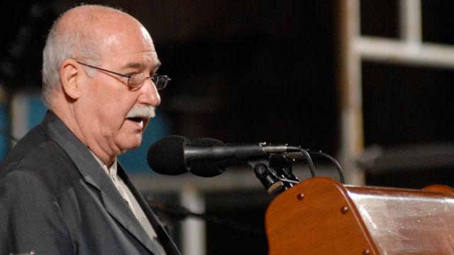 El investigador y ensayista Reynaldo González interviene en la ceremonia inaugural de la XIX Feria Internacional del Libro Cuba 2010