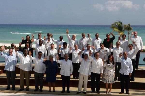 Foto oficial de la Cumbre de la Unidad