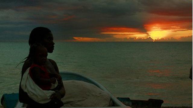 Momento particular de la Mesa Redonda fue el estreno del  Documental Haití, la apuesta por la vida, del realizador guatemalteco Alejandro Ramírez Anderson