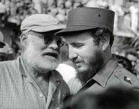 Fidel Castro y Ernest Hemingway, en 1959.