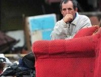 Chileno a la espera de ayuda tras el terremoto