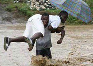 Causa estragos en Haití onda tropical