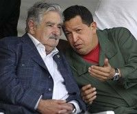 """José """"Pepe"""" Mujica, presidente de la República Oriental del Uruguay y Hugo Chávez Frías, Presidente de la República Bolivariana de Venezuela"""