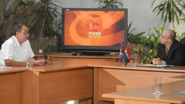Lázaro Expósito Canto, describió las medidas adoptadas allí, que incluyen el intercambio de autoridades y pobladores con sismólogos y especialistas en el tema, más la evaluación de los daños detectados tras el fenómeno telúrico