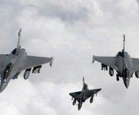 Libia la coalición bombardea Gharyan y Mezda. Foto: AFP