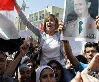 Miles de sirios salen a la calle para expresar su apoyo al Presidente