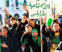 Partidarios de Gaddafi celebran haber logrado el control en algunas ciudades libias