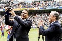 El brasileño fue ovacionado de pie en el Bernabéu. Foto EFE