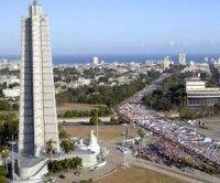 Plaza de la Revolución durante un desfile del 1 de mayo. Foto archivo