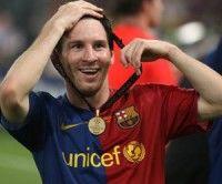 Messi con la medalla de oro de la Champions League