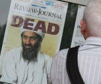 Periódico anuncia la Osama Ben Laden. Foto Mark Wilson/ AFP