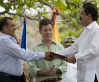 Zelaya y Lobo firmaron acuerdo