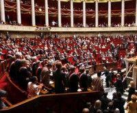 Escándalos sexuales sacuden a políticos franceses