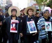 Marcha de mujeres en Ciudad Juárez contra la violencia. Foto archivo