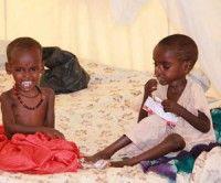 Niños somalies