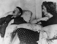Adolfo Hitler y su esposa Eva Braun. Foto: Corbis