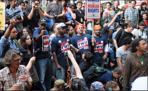 Miembros del Sindicato de Transportes de Nueva York TWU en el occuping