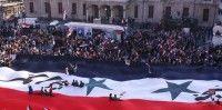 La televisión siria mostró imágenes de masivas concentraciones en Damasco, Tartous, Lattakia y Hasaka. el canciller Walid al-Moallen anuncio para la mañana del lunes una conferencia de prensa con vistas a precisar la postura oficial de Damasco. Foto: EFE
