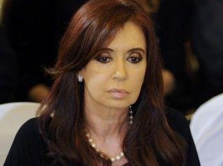 Aplazan juicio por supuesta corrupción en la obra pública contra Cristina Fernández