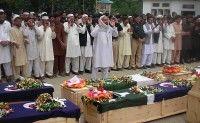 Pakistán le da el último adiós a los 24 soldados muertos en atentado de la OTAN