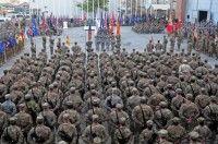 Una ceremonia por los veteranos de guerra estadounidenses en la base de Bagram, Afganistán, el 11 de noviembre de 2011. Foto: AFP