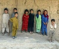 OTAN admite haber asesinado a ocho niños afganos en ataque aéreo