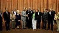 Por segundo año consecutivo el Comandante se reúne con estos pacifistas que surcan los mares del mundo alzando voces y manos en contra de las amenazas nucleares y medioambientales. Foto: Roberto Chile/Cubadebate