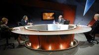 Sobre las guerras del imperio, las elecciones y el temporal económico en los Estados Unidos debatieron analistas en la Mesa Redonda. Foto: Juan Carlos Alejo