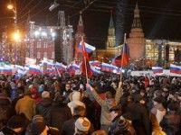 Rusos celebran victoria de Vladimir Putin