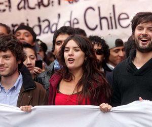 Camila Vallejo durante la marcha del 24 de abril de 2012