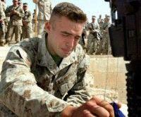 Adicciones y suicidios, males del ejército norteamericano