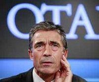 OTAN discutirá con Hollande retiro francés de Afganistán