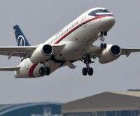 Hallan la caja negra del avión ruso siniestrado en Indonesia