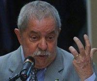 Lula no descarta ser candidato presidencial, si Roussef no se postula