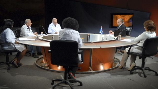 Opiniones de mesa redonda de debate - Que es mesa redonda ...