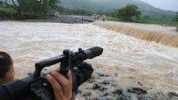 Crecida del río Yao que cortó el paso a comunidades de la Sierra Maestra, debido a las lluvias asociadas a la tormenta tropical Isaac, en el municipio de Buey Arriba, Granma, el 26 de agosto de 2012. AIN FOTO/Armando Ernesto CONTRERAS TAMAYO
