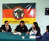 Indígenas colombianos solicitan participar en los diálogos de paz