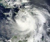 Isaac se aleja, pero siguen las lluvias en Cuba