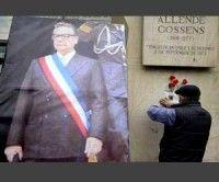 Chilenos reclaman políticas de Salvador Allende a 39 años de su muerte