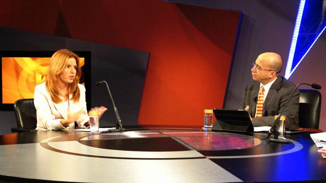 En mesa redonda la contienda electoral venezolana mesa for Presidente mesa electoral