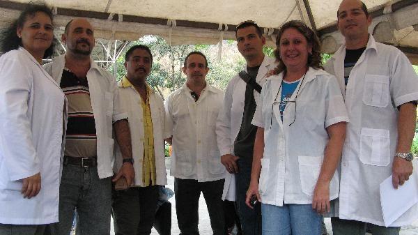 Colaboradores cubanos de la salud prestan servicio  en 67 países.