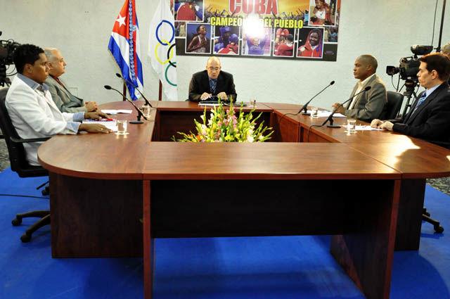 La Mesa Redonda hizo un balance de la actuación cubana hasta la fecha en los Juegos Centroamericanos y del Caribe Veracruz 2014, con la participación de periodistas deportivos y directivos del INDER.