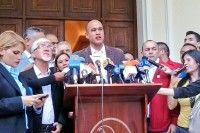 El diputado Héctor Rodríguez denunció que la Asamblea Nacional con mayoría opositora no cumple ni los acuerdos que ellos mismos aprueban como mayoría.
