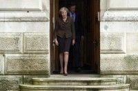 La premier británica Theresa May abandona el Ministerio de Exteriores en Londres.