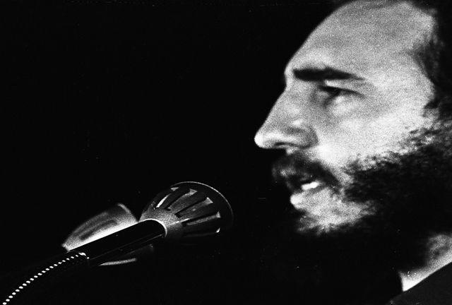 Fidel Castro en la clausura del I Congreso de la Asociación de Jóvenes Rebeldes, 4 de abril de 1962