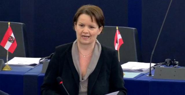 La eurodiputada de Liga Norte, Mara Bizzotto, durante su intervención en el Parlamento Europeo.