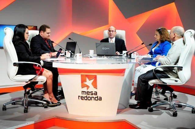 El tema de la producción de software en Cuba vuelve a ser el centro de análisis del espacio televisivo Mesa Redonda