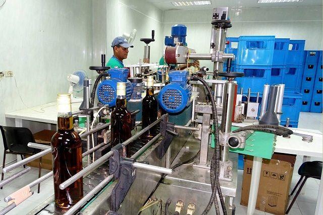 Fábrica de ron Pinilla, en Manzanillo